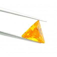 Треугольник Цирконий Золотистый Цитрин  10 х 10 мм